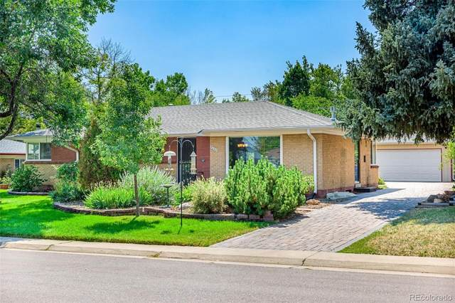 9030 W 4th Place, Lakewood, CO 80226 (#8737372) :: The DeGrood Team