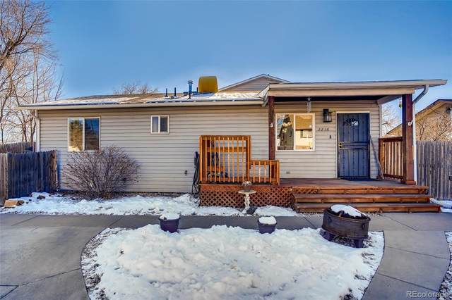 2216 W Hillside Avenue, Englewood, CO 80110 (#8793734) :: The Scott Futa Home Team