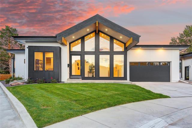 5409 E Bails Drive, Denver, CO 80222 (#8809708) :: The Peak Properties Group