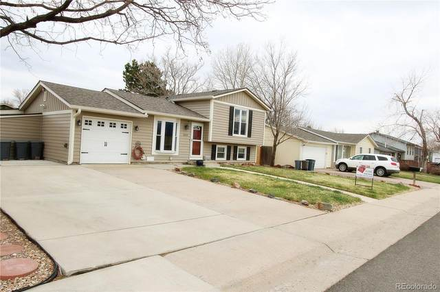 3650 S Oak Street, Lakewood, CO 80235 (#8815820) :: Portenga Properties
