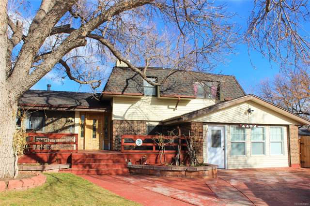 4451 E Peakview Avenue, Centennial, CO 80121 (#8835932) :: The Margolis Team