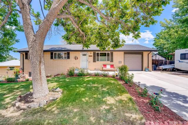 6810 S Foresthill Street, Littleton, CO 80120 (#8854299) :: The Healey Group