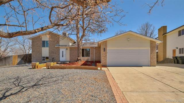 3104 S Fairplay Street, Aurora, CO 80014 (#8916258) :: The Griffith Home Team