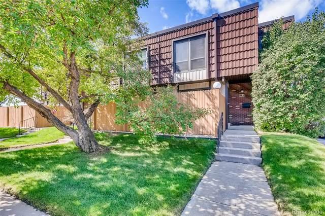 9454 W Utah Place, Lakewood, CO 80232 (#8919876) :: Symbio Denver