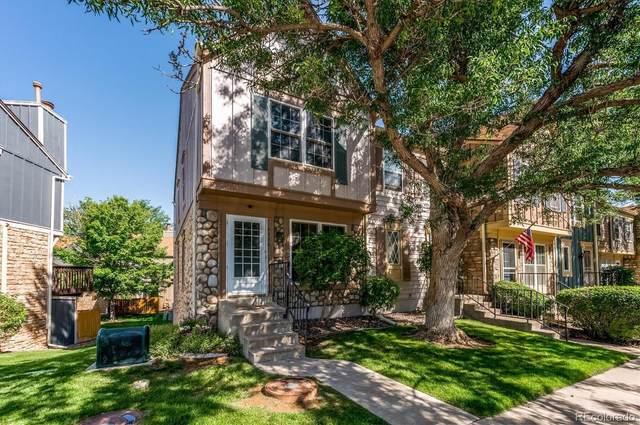 2736 E Nichols Circle, Centennial, CO 80122 (#8924031) :: Finch & Gable Real Estate Co.