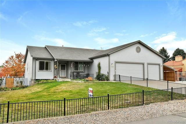 7340 W 23rd Avenue, Lakewood, CO 80214 (#8952308) :: The DeGrood Team
