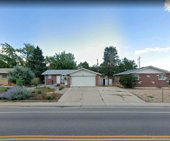 5910 Garrison Street, Arvada, CO 80004 (#8962957) :: Peak Properties Group