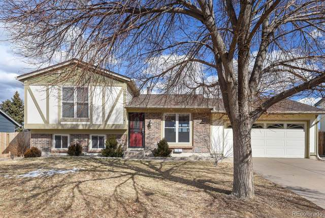 19195 E Kansas Drive, Aurora, CO 80017 (#8964759) :: HomeSmart