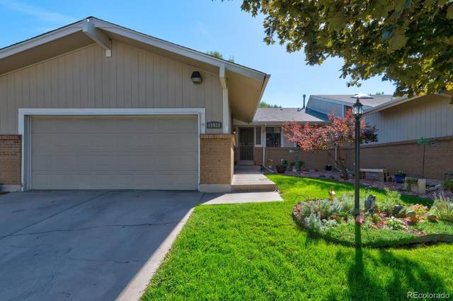 11912 E Maple Avenue, Aurora, CO 80012 (#8973045) :: James Crocker Team