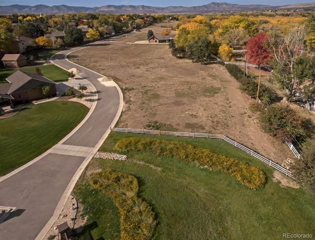 8855 W Bear Creek Drive, Lakewood, CO 80227 (#8999357) :: iHomes Colorado