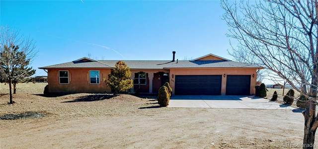 201 E Parkridge Drive, Pueblo West, CO 81007 (#9068722) :: The Healey Group
