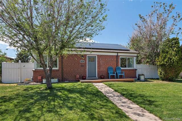 2215 Rosemary Street, Denver, CO 80207 (#9204183) :: Wisdom Real Estate