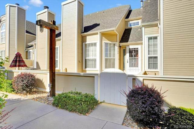 5736 W Atlantic Place #104, Lakewood, CO 80227 (#9216401) :: The HomeSmiths Team - Keller Williams