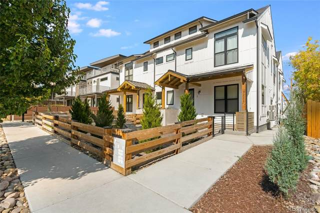 3221 W 19th Avenue #1, Denver, CO 80204 (#9233229) :: The DeGrood Team