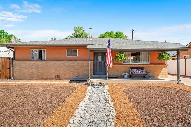 6825 W Calahan Avenue, Lakewood, CO 80232 (#9249287) :: My Home Team