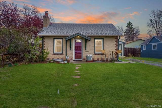 1322 Tamarac Street, Denver, CO 80220 (#9252807) :: HomeSmart