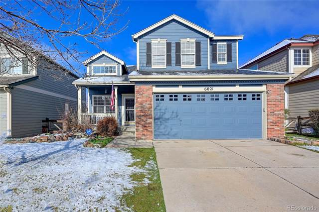 6021 S Yampa Court, Aurora, CO 80016 (#9405628) :: iHomes Colorado