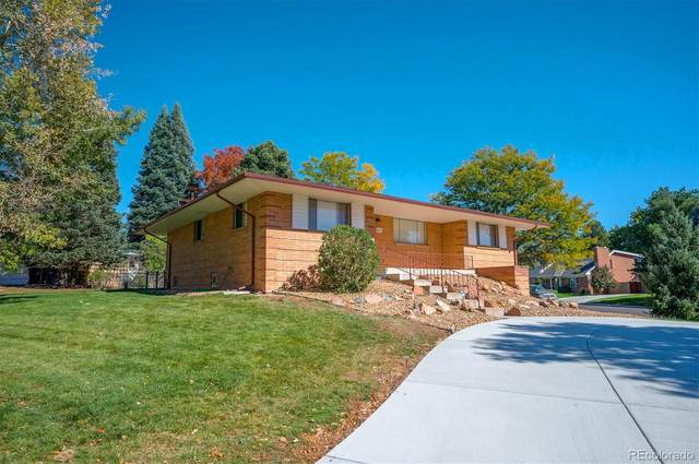 2653 S Wolff Way, Denver, CO 80219 (#9425104) :: The DeGrood Team