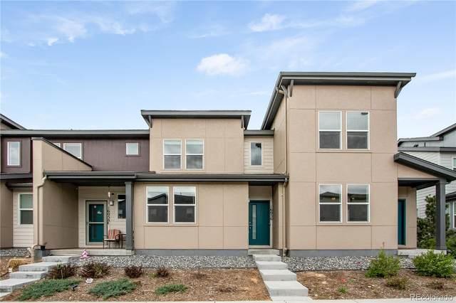 16056 E Elk Drive, Denver, CO 80239 (#9461697) :: HomeSmart