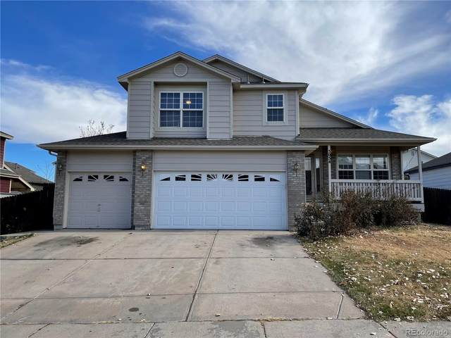 5054 Durham Court, Denver, CO 80239 (#9463110) :: The DeGrood Team