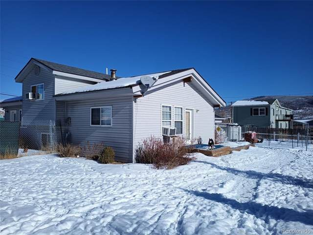 25815 Forest Street, Phippsburg, CO 80469 (#9525554) :: HomeSmart
