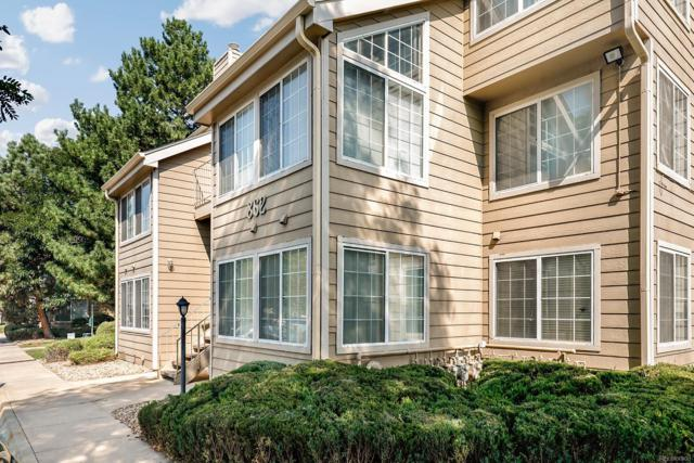 862 S Reed Court E, Lakewood, CO 80226 (#9620913) :: The HomeSmiths Team - Keller Williams