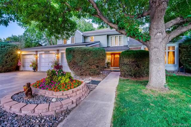 4228 W Lake Circle S, Littleton, CO 80123 (#9710544) :: The Griffith Home Team