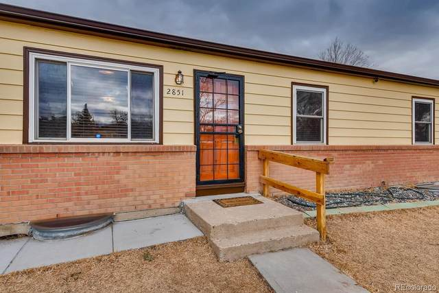 2851 Roosevelt Avenue, Thornton, CO 80229 (#9740059) :: HomeSmart