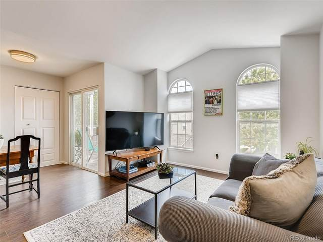 5712 W Asbury Place B-201, Lakewood, CO 80227 (#9741646) :: Compass Colorado Realty