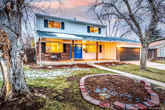 2883 S Willow Court, Denver, CO 80231 (#9823137) :: iHomes Colorado