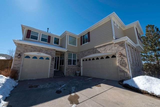 24642 E Crestridge Place, Aurora, CO 80016 (#9828085) :: iHomes Colorado