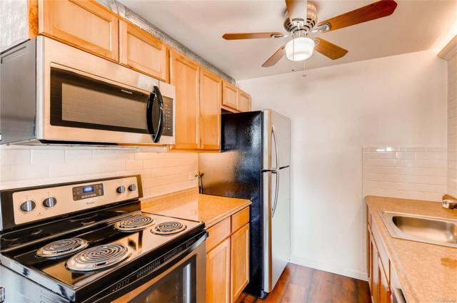 3047 W 47th Avenue #202, Denver, CO 80211 (#9846880) :: The Griffith Home Team