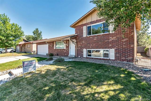 15032 E Pensacola Place, Denver, CO 80239 (MLS #9850805) :: 8z Real Estate