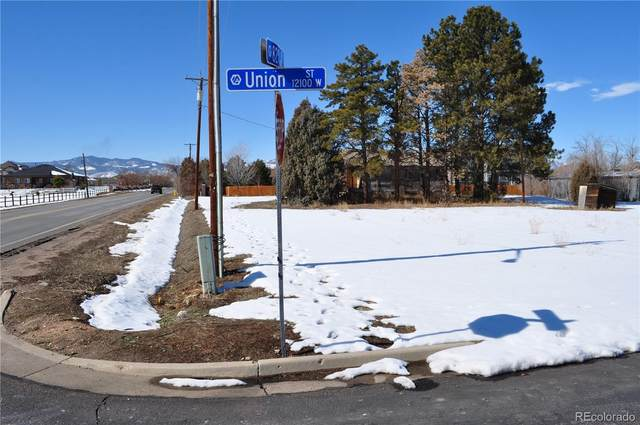 12161 W 82nd Avenue, Arvada, CO 80005 (MLS #9923856) :: 8z Real Estate
