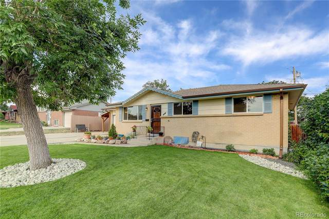 1635 S Yukon Court, Lakewood, CO 80232 (#9933181) :: The DeGrood Team