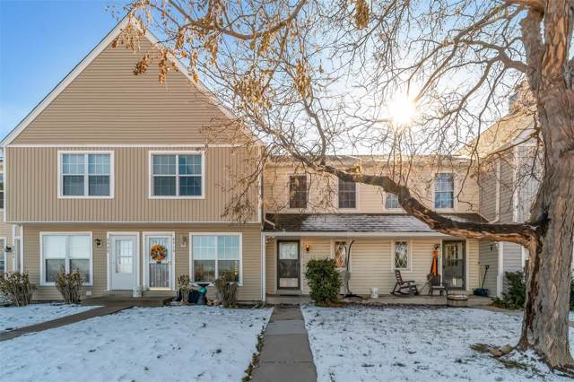 8912 W Dartmouth Place, Lakewood, CO 80227 (#9994054) :: The Heyl Group at Keller Williams