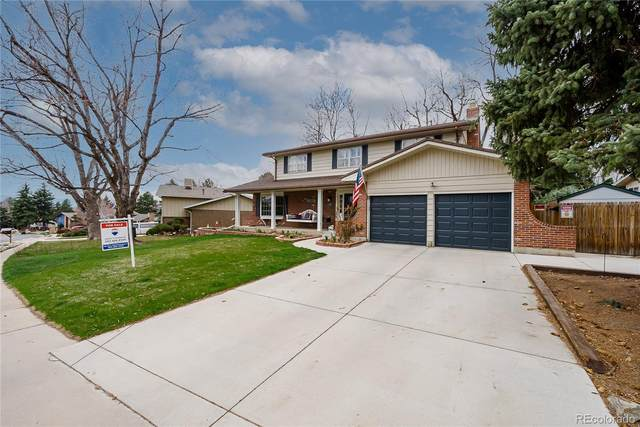 2551 S Yarrow Street, Lakewood, CO 80227 (#2369948) :: HomeSmart