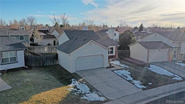 4062 S Flanders Way, Aurora, CO 80013 (#2596724) :: The Gilbert Group
