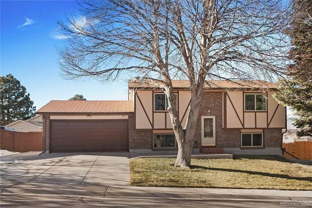 4791 S Olathe Way, Aurora, CO 80015 (#2689139) :: Venterra Real Estate LLC