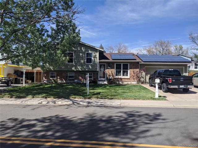 17923 E Iowa Drive, Aurora, CO 80017 (#2865847) :: The HomeSmiths Team - Keller Williams