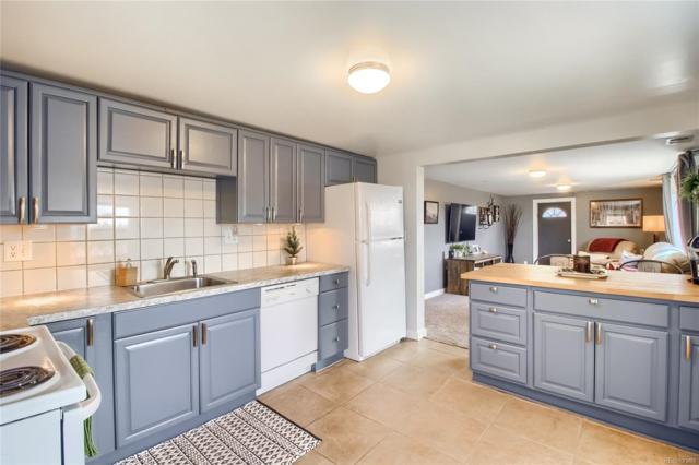 301 Quitman Street, Denver, CO 80219 (MLS #3147489) :: 8z Real Estate