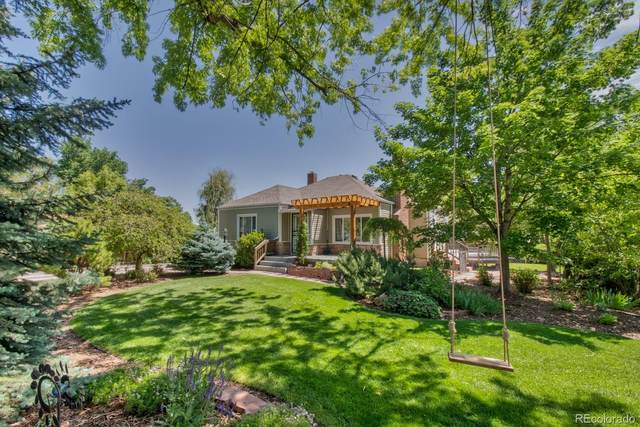 2240 Bell Court, Lakewood, CO 80215 (#3264449) :: The DeGrood Team