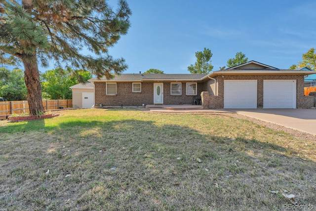 7757 S Dover Street, Littleton, CO 80128 (#3319090) :: Bring Home Denver with Keller Williams Downtown Realty LLC