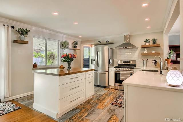 8244 W Iowa Avenue, Lakewood, CO 80232 (MLS #3450935) :: 8z Real Estate