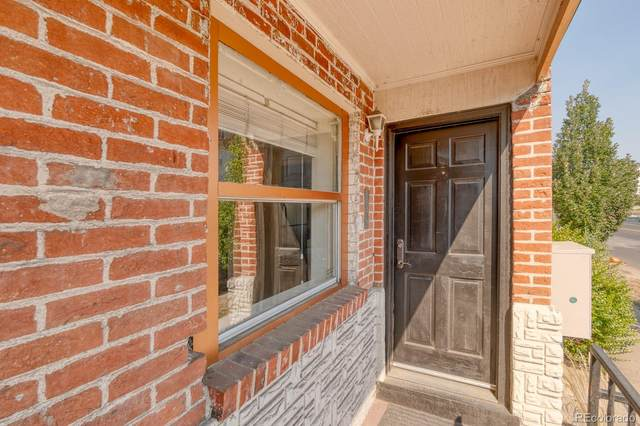 3127 N Downing Street, Denver, CO 80205 (#3583479) :: The HomeSmiths Team - Keller Williams