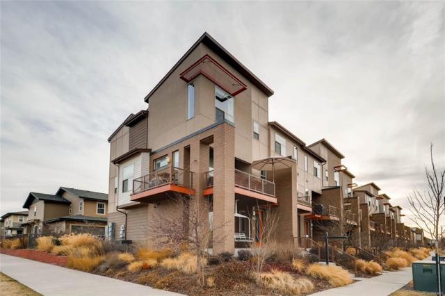 8396 E 35th Avenue, Denver, CO 80238 (#3720976) :: Hometrackr Denver