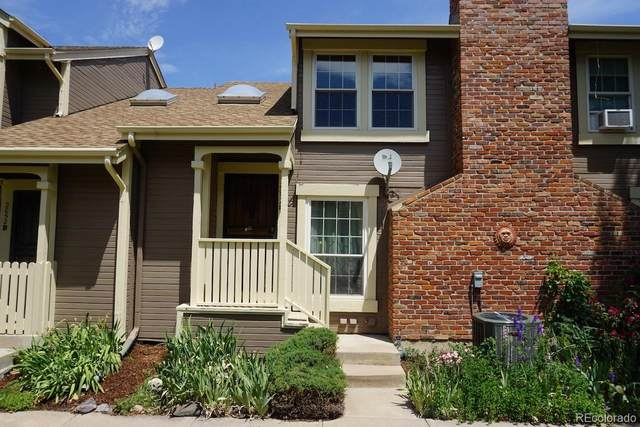 2052 S Helena Street E, Aurora, CO 80013 (MLS #3832675) :: 8z Real Estate