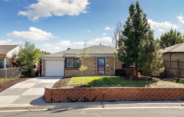 3210 Krameria Street, Denver, CO 80207 (#4332605) :: The Peak Properties Group