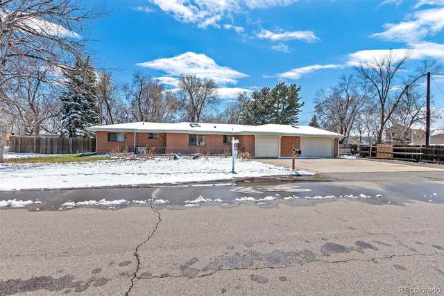 10390 W 13th Avenue, Lakewood, CO 80215 (#4427963) :: Chateaux Realty Group