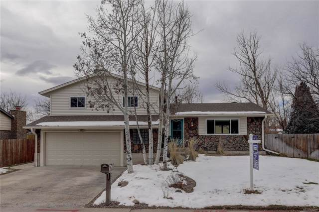 8714 W Swarthmore Place, Littleton, CO 80123 (#4754135) :: 5281 Exclusive Homes Realty